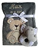 Babydecke mit Namen bestickt Babyrassel Greifling Baby Geschenk Geburt Taufe (grau Bär)