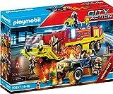 PLAYMOBIL City Action 70557 Feuerwehreinsatz mit Löschfahrzeug, Inkl. Licht- und Soundeffekt, Für Kinder von 4 - 10 Jahren