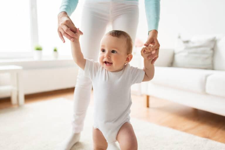 Ab wann können Kinder laufen?