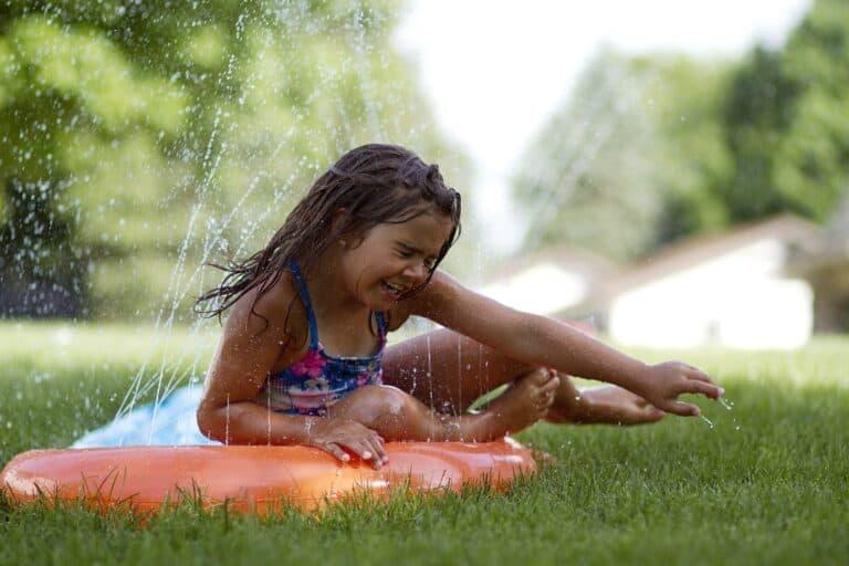 Wasserrutschen für den Garten